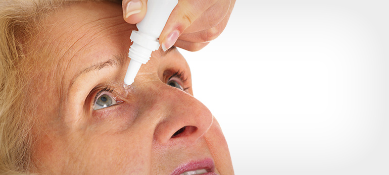 elderly-woman-eye-drops